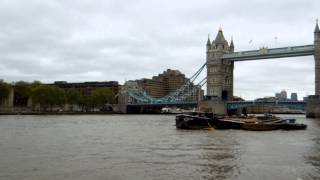 When I visied at London in England on May in 2012,I went to see the...