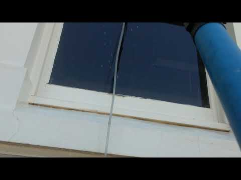 How To Clean High Windows In the Riverland ?