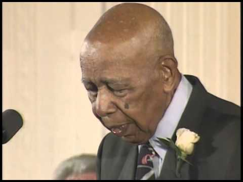 Apology to Survivors of the Tuskegee Syphilis Experiment - YouTube