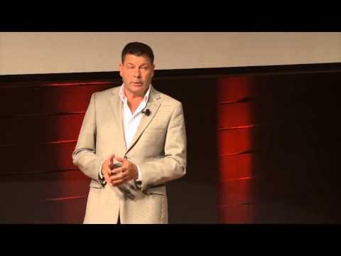 Beyond the propaganda | Scott Taylor | TEDxHECMontreal
