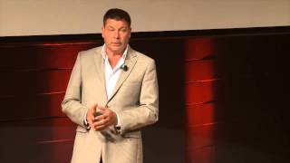 Beyond the propaganda | Scott Taylor | TEDxHECMontreal