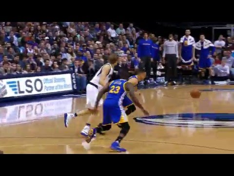 Stephen Curry Drains A Deep Three To Beat The Buzzer!