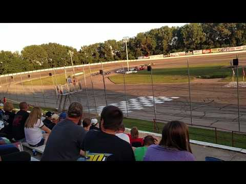 Madison International Speedway 6 Shooter Heat Races 7 28 2017