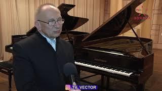 Народный артист Беларуси Игорь Оловников выступил в Новополоцке.