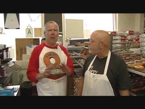 Cheap Eats TV Los Angeles: Randy's Donuts- Food -Inglewood