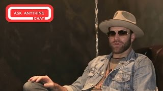 Gambar cover Drake White Ask Anything Chat w/ Bobby Bones (Full Version)