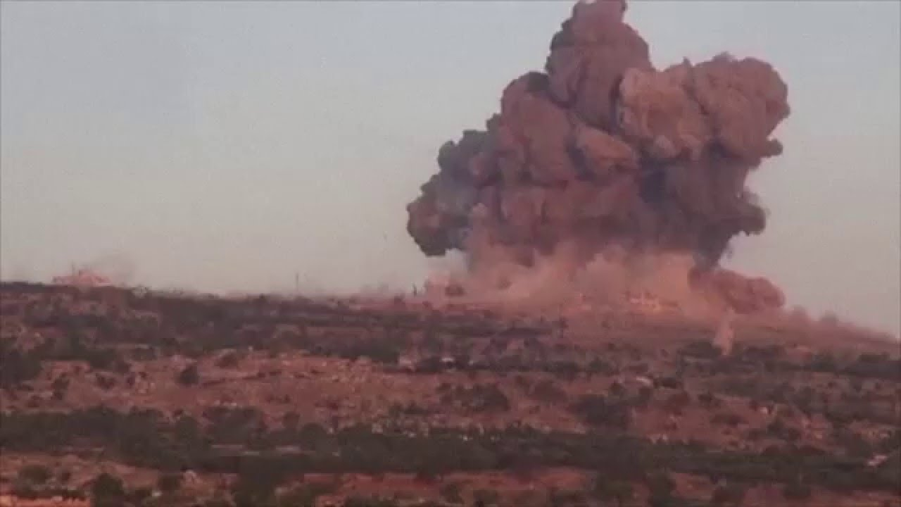 Breaking-UFO Attack Caught Over Syria | UFO Attack Video 2016 | UFO Sightings - YouTube