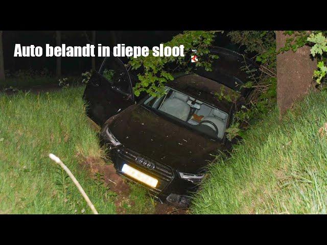 4K BERGING - AUTO BELANDT IN DIEPE SLOOT
