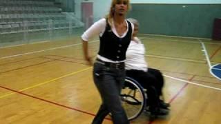 ריקודי עם לכסאות גלגלים - חיכיתי לך - hikiti lah