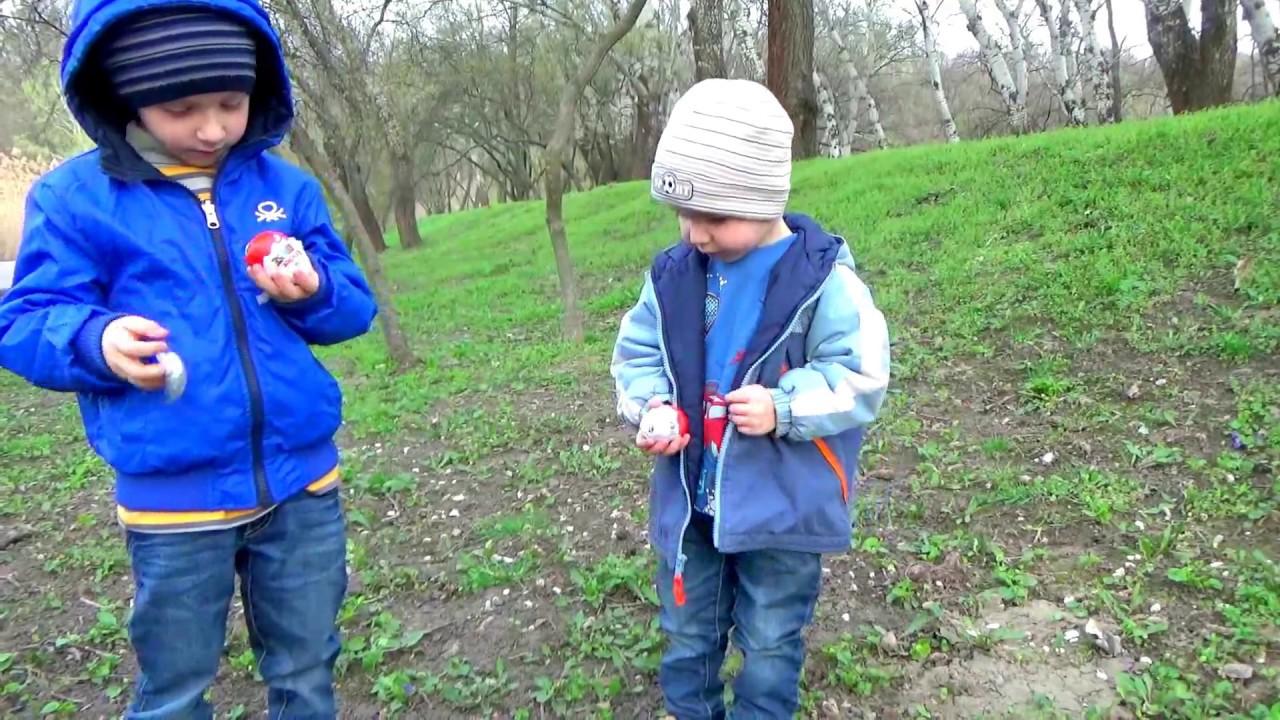 Uncategorized Kids Fun Videos giant spider wild toys children have fun in park happy activi