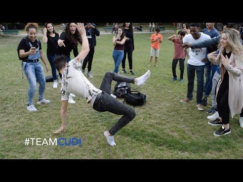 Aladdin Prince Ali (french)de YouTube · Durée:  2 minutes 52 secondes