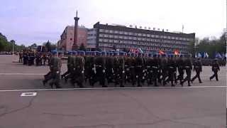 Военный парад в Великих Луках на 9 мая.