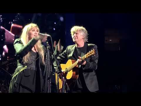 Big 95 Morning Show - Neil Finn of Crowded House and Fleetwood Mac quits social media