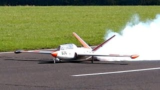 FUGA MAGISTA HUGE RC SCALE MODEL TURBINE JET FULL DISPLAY FLIGHT DEMO / Jetpower Messe 2015