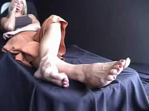 Mature feet xxx