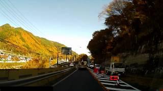 ドライブレコダーの映像を作品化してみました。 国道区間は8倍速、町並...