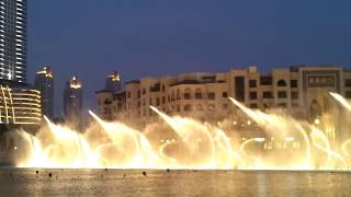 World's largest Fountain dances on Hindi Bollywood Song - Dubai Mall