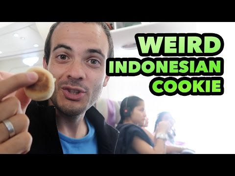FROM INDONESIA TO SPAIN - WEIRD INDONESIAN FOOD DAILY VLOG #57