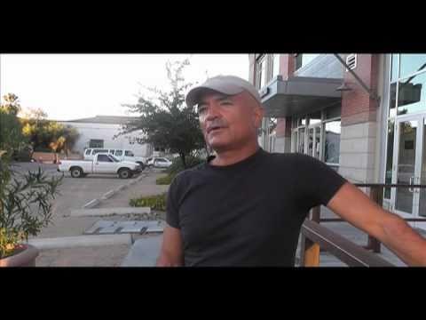 Hollywood screenwriter visits UA