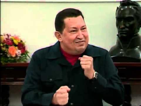 Presidente Chávez recita poema con