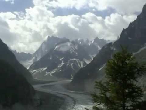 La chaîne du Mont Blanc et le Haut Valais suisse