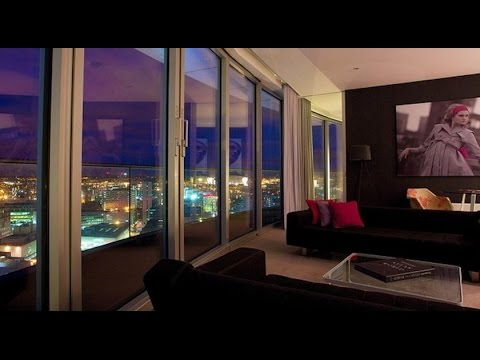 Penthouse Suite by Staying Cool Rotunda Birmingham Exclusive Audio / Video Review