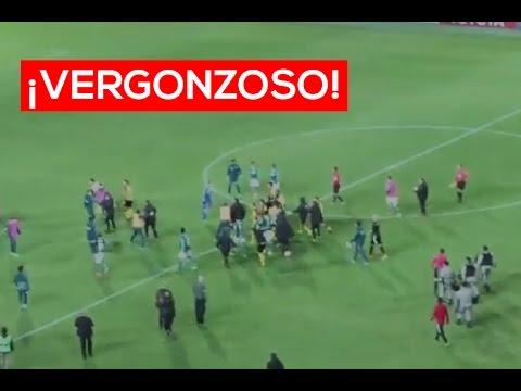 Partido entre Peñarol y Palmeiras termina en vergonzosa pelea | El Espectador