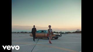 Смотреть клип Hooverphonic - Looking For Stars
