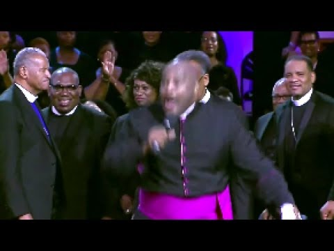 Bishop Marvin Winans Preaching Praise Break Perfecting Church Holy Convocation 2017!