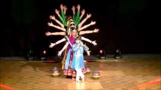 """Woh Kisna Hai Bollywood Dance by Studio Indian Dance """"Saraswati"""""""
