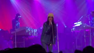 Kacey Musgraves - Wonder Woman - live at The Van Buren Phoenix - 2/13/2019