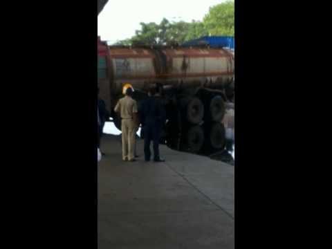 Mumbai: Oil tanker rammed into freight train
