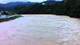 2011/9/4 AM5:45 新金屋橋から見た映像 台風12号の影響で増水.