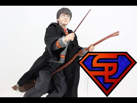 Harry Potter & The Sorcerer's Stone Star Ace Harry Potter 1/6 Scale Movie Figure Review