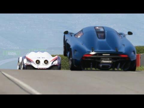 Devel Sixteen 469 km/h in Highlands vs Koenisegg Regera