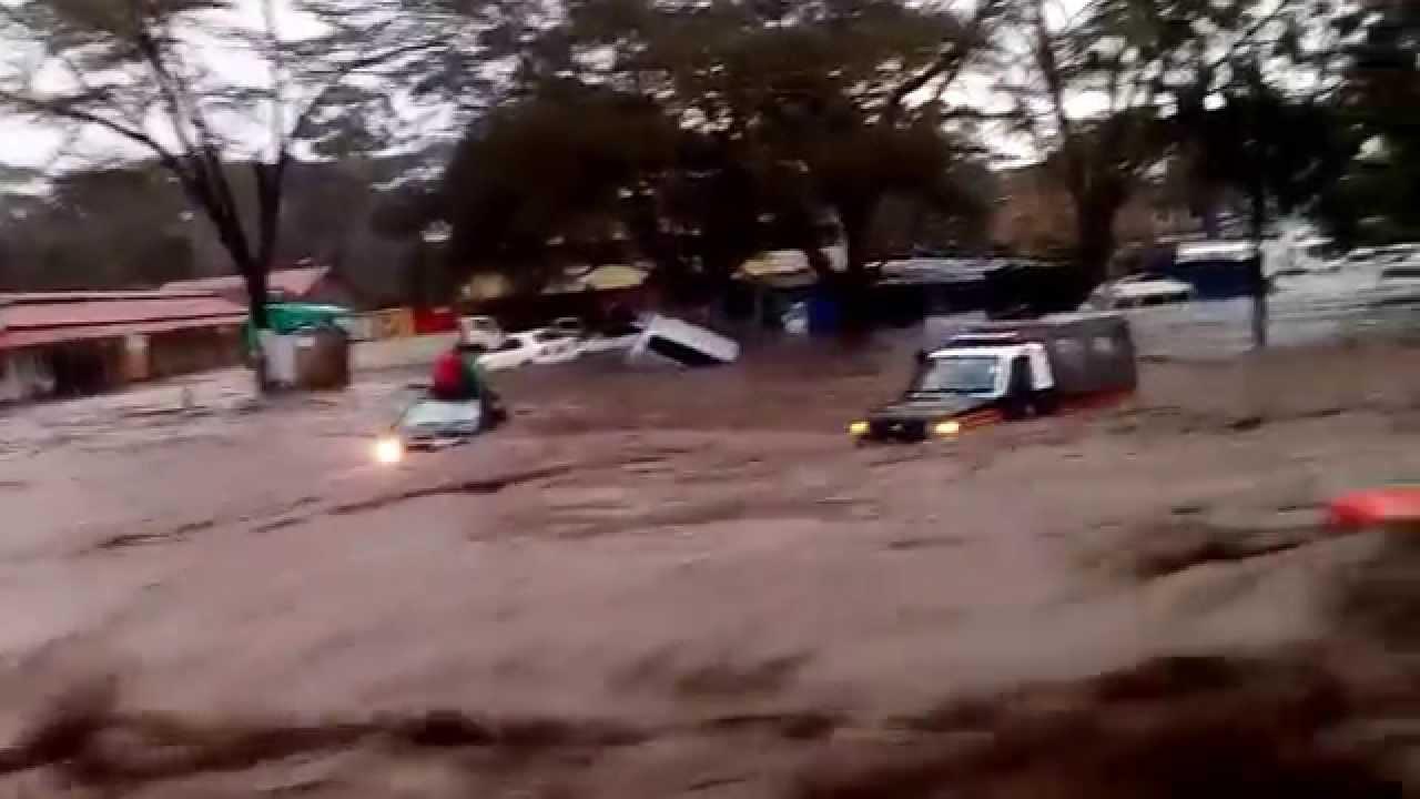 Floods in Narok Town - YouTube