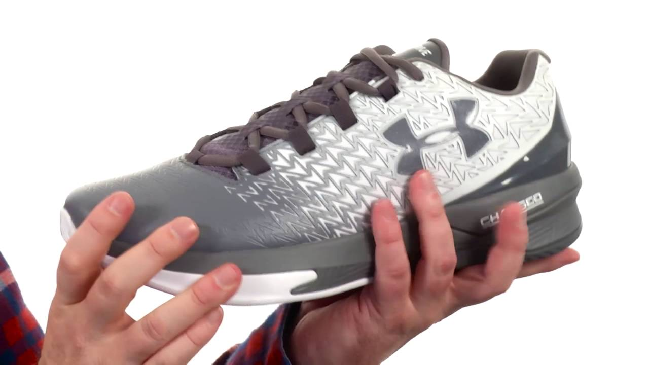 78ef66058ce Under Armour UA Clutchfit Drive 3 Low SKU 8700507 - YouTube