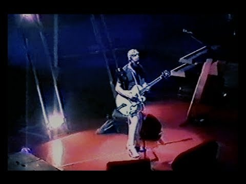 """Walking In My Shoes - """"Exciter"""" Tour (Oslo, Norway, 2001-09-22)"""