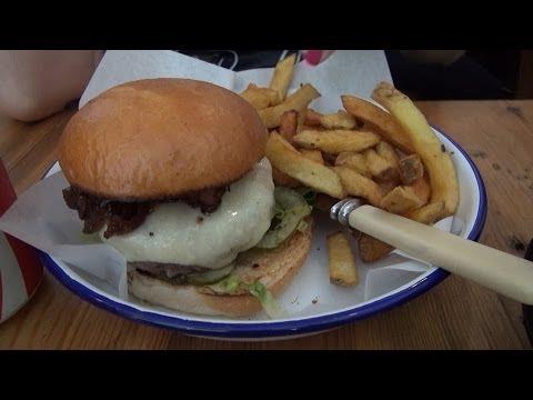 The London Dungeon, Honest Burger i London Gay Neighborhood Soho  - VLOG [15]
