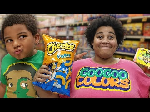 GOO GOO GAGA PRETEND PLAY SHOPPING AT TARGET! Learn To Healthy Foods