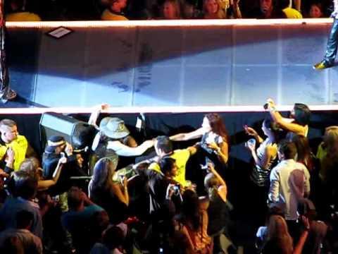 "Aerosmith.Joe ""Push"" Steven.Love in an Elevator.Live in Toronto.2010"