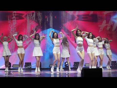 PRISTIN(프리스틴) 'Black Widow' Showcase Stage (나영, 결경, NAYOUNG, KYULKYUNG, WEE WOO, 위)