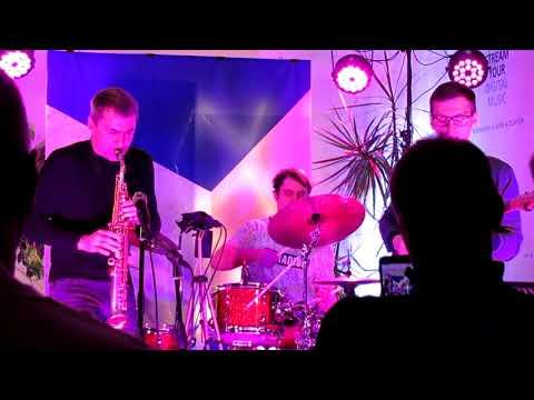 Ilya Gendler Quartet - Giant Steps