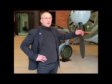 Истребитель И-16 - самолет дважды Героя Советского Союза Б. Ф. Сафонова.