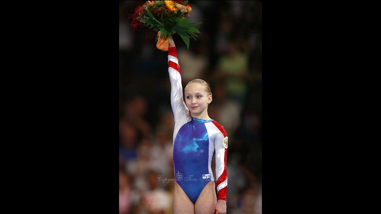 FULL Uneven Bars EF 2007 World Gymnastics Championships