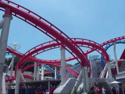 Universal Studios Singapore Roller Coaster: Battlestar Galactica in Sci Fi City