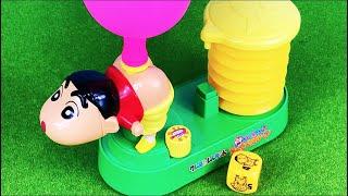 クレヨンしんちゃんのおしりに風船をつけてポンプで空気を入れて遊ぶおもちゃだよ