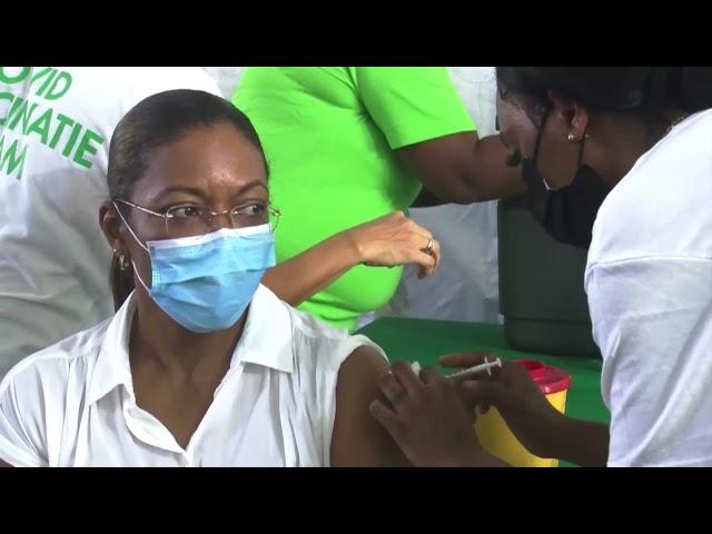 Twee doden in Suriname na vaccinatie met AstraZeneca STVS JOURNAAL 9 april 2021