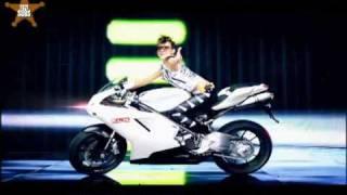{HQ} 2NE1 - FIRE (Space Version) Karaoke (english) [YG21Subs]