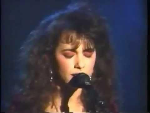 Bangles- Eternal Flame (Live 1989)
